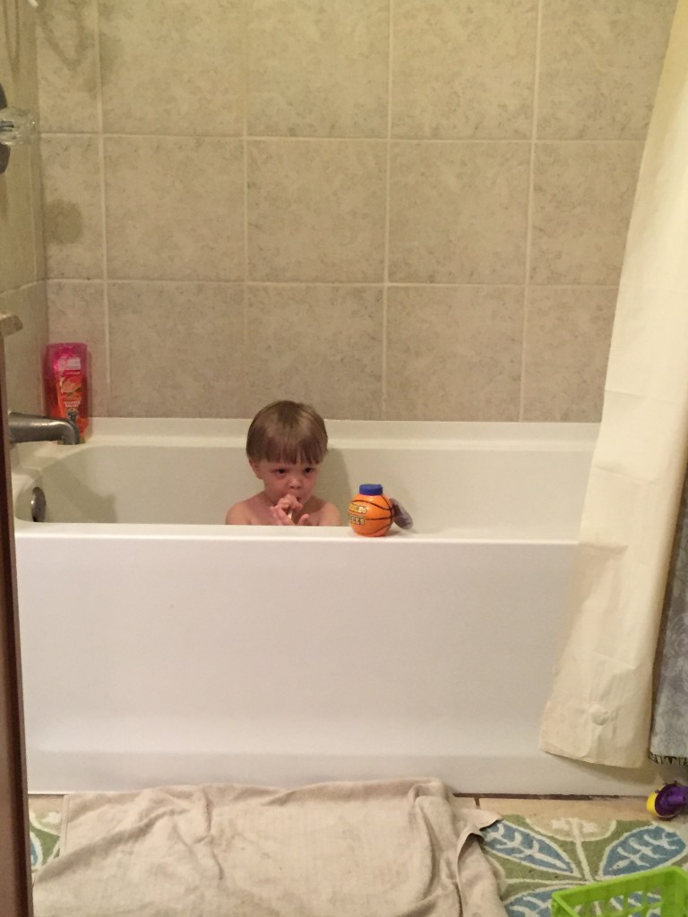 Charlie bathtub
